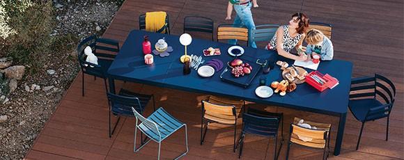 Table repas extérieur design